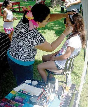 1B face painting