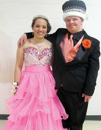BHS prom queen king