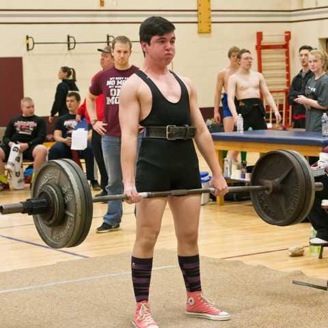 Thomas sets new Powerlifting record for Riverdale - SWNews4U