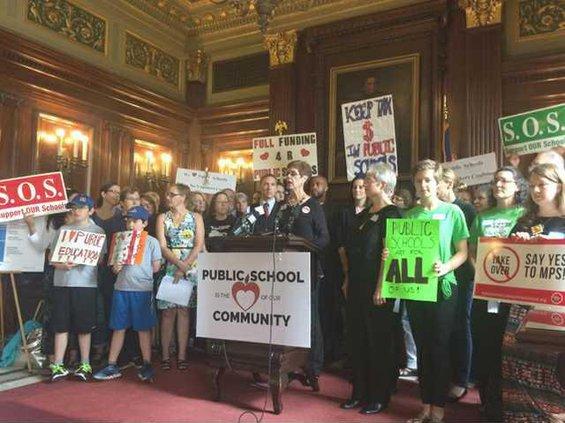 school advocates rally restore funding