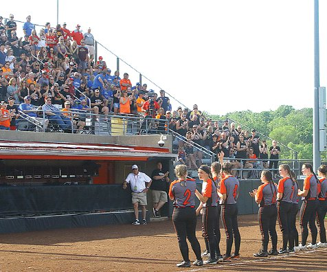 Belmont fans