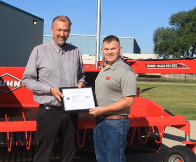 kuhn patriot award