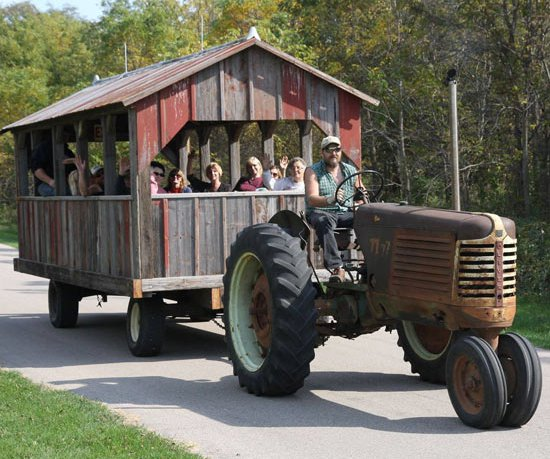 Brodhead tractor ride stock