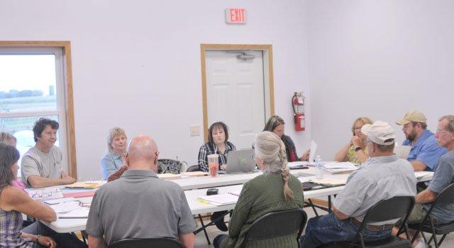 Marietta Committee meets