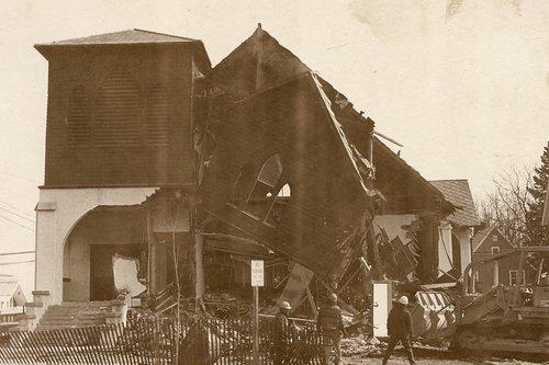 Lancaster Calvary Church 1981