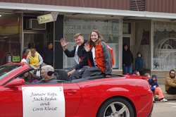Sunshine and smiles for RCHS Homecoming Parade