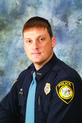 Richland Center Police Chief  charged with assault, theft
